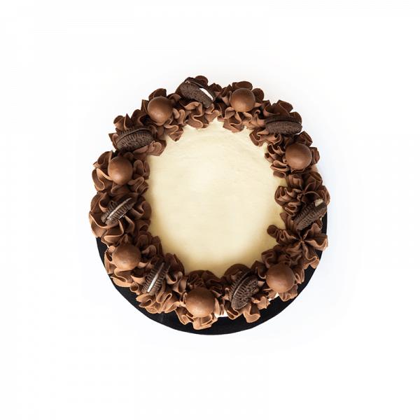 Cookies and Cream Drip - Quick-Cake - handmade - bakery - celebration - fresh - custom - unique - Niagara Park - NSW - Sydney - CakeAndPlate.com.au © 2020 - #2
